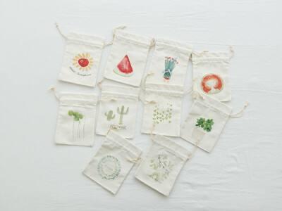 Advantages of canvas drawstring bag and non-woven drawstring bag